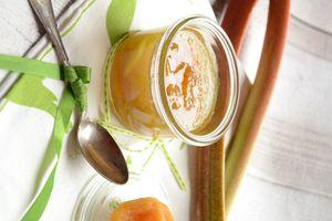 Confiture de rhubarbe abricots secs et vanille