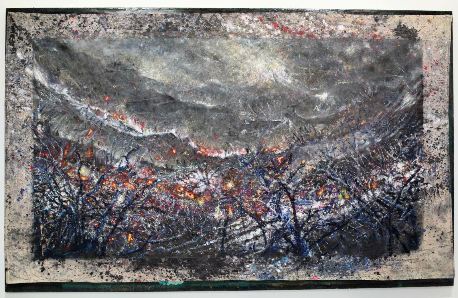 """""""Feu Forêt"""", 2020 de David RAFFINI - Courtesy de l'artiste et de la galerie Papillon © Photo Éric Simon"""