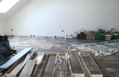 En direct: finition du parquet !