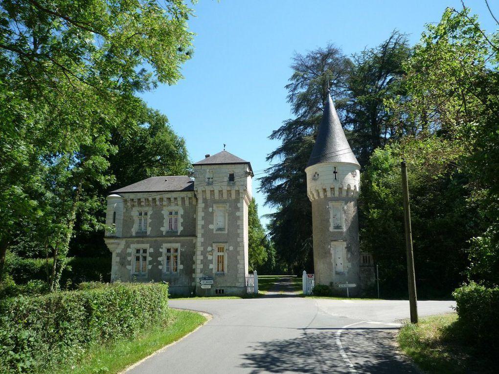 Domaine agricole et château de COMACRE à Sainte-Cathrerine-de-Fierbois (Indre-et-Loire)