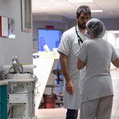 """Les médecins, infirmiers et aides-soignants """"balancent leur hosto"""" pour alerter sur leurs conditions de travail"""