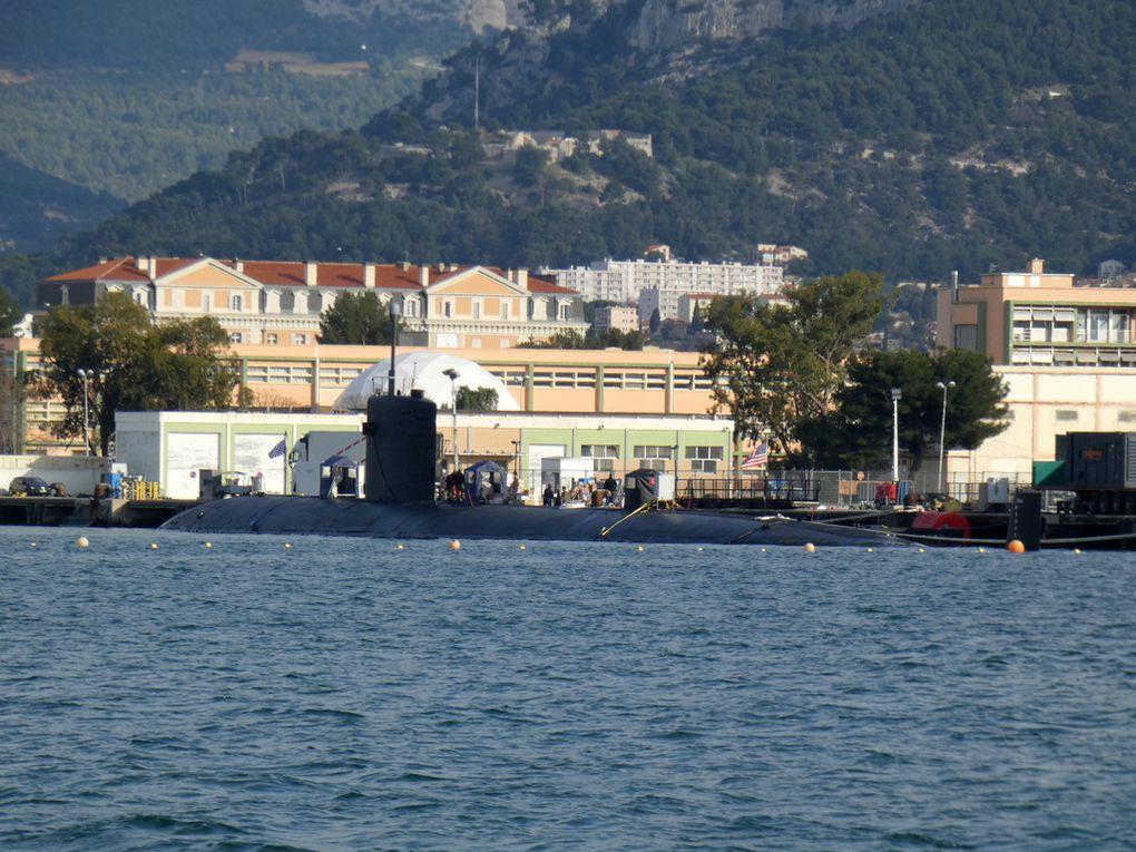 ALBANY  , 753 , sous marin nucléaire américain  a quai dans la base navale de Toulon le 18 février 2020