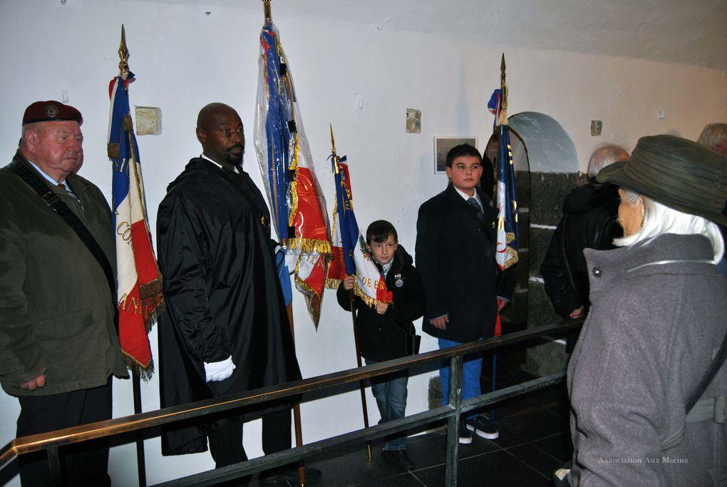Dimanche 10 novembre 2013 - 6ème édition du ravivage de la flamme du souvenir au Mémorial National des marins morts pour la France. Photographies : Jean-Luc Le Bris et Raymonde Rupin