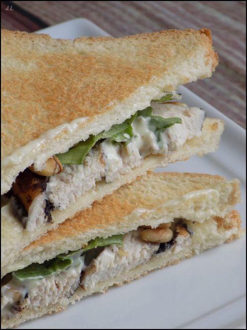 Club sandwich au poulet balsamique