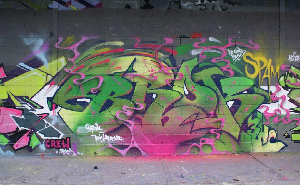 Album - Graffitis-Vitry-sur-Seine-tom-005