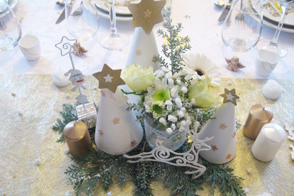 Les sapins illuminés d'étoiles - DIY♥ décor pour la table de Noël