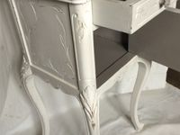 Petit meuble d'appoint shabby chic