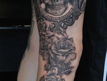 tattoo skull-raven-roses-thigh