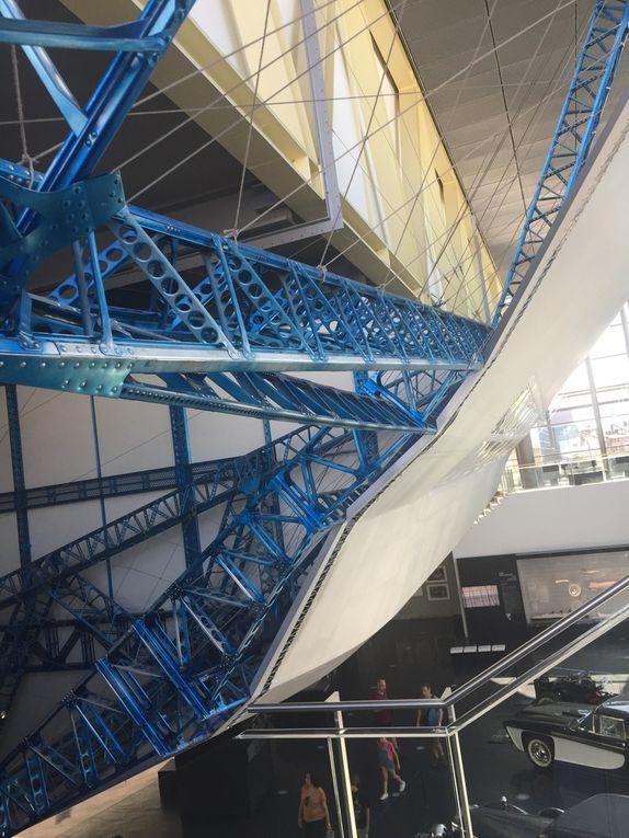 Comment il a été pionnier et comment a-t-il été détrôné ? Le musée Zeppelin invite à plonger dans l'odyssée fantastique de ces monstres du ciel, avec un rappel de l'histoire de l'aviation et une invitation à réflechir aux usages de toutes ses avancées technologiques