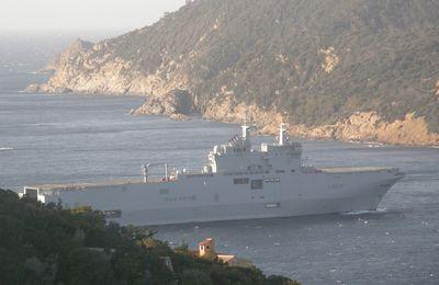 """Exercice """"Spartiate"""" avec le PHA MISTRAL et la FLF Guepratte à proximité des îles du Levant et de Port Cros"""