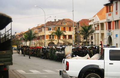 Madagascar: Des nationalistes attendent François Hollande de pied ferme