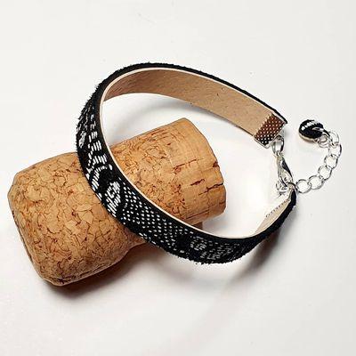 Bracelet en cuir noir et blanc
