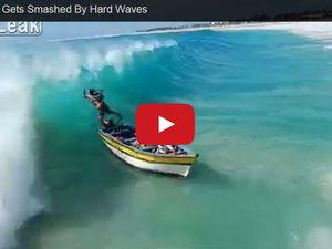 VIDEO - une barque de pêcheurs drossée sur la plage