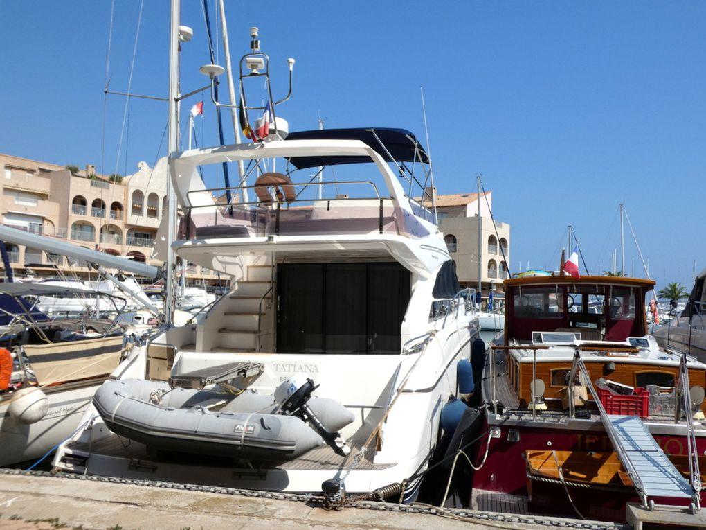 TATANIA , a quai dans le port de Hyéres et de Toulon les 26 novembre 2011 et 19 septembre 2020