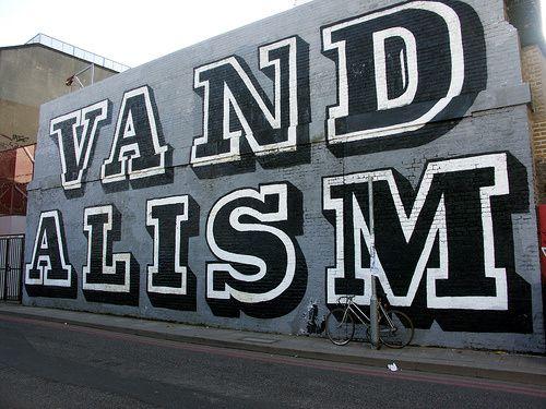 C'est mardi, c'est Banksy.
