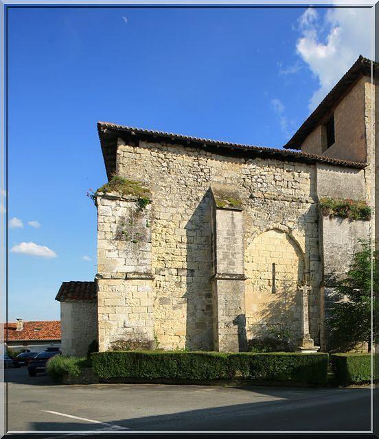 Diaporama église fortifiée de Lusignac