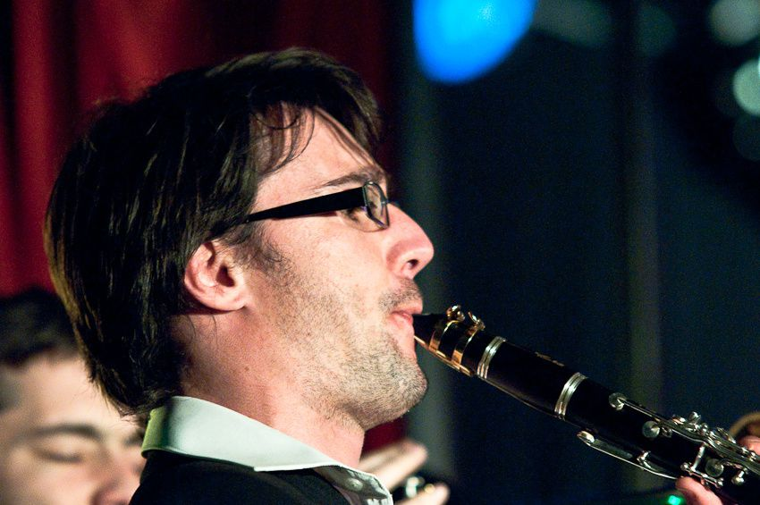 Le Millstone Orkestar, Claire Danlalune et sylvain Sanglier, lors du festival les Indélébiles, le samedi 27 mars 2010 sous le chapiteau le P'tit Corbo à Trignac...