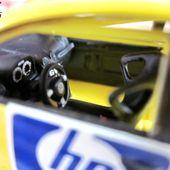VOLKSWAGEN NEW BEETLE CUP HP 2002 IXO 1:43 - VW NEW BEETLE CUP DTM - car-collector
