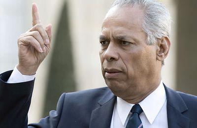 TRIBUNE: L'ex ministre victorin Lurel prêt à abattre sa dernière carte pour rester dans le jeu politique !par Jean-Marie NOL.
