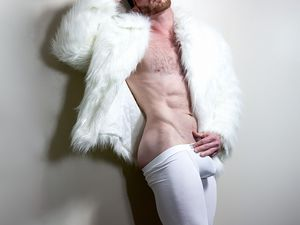 Jasper Fox par Blake Yelavich