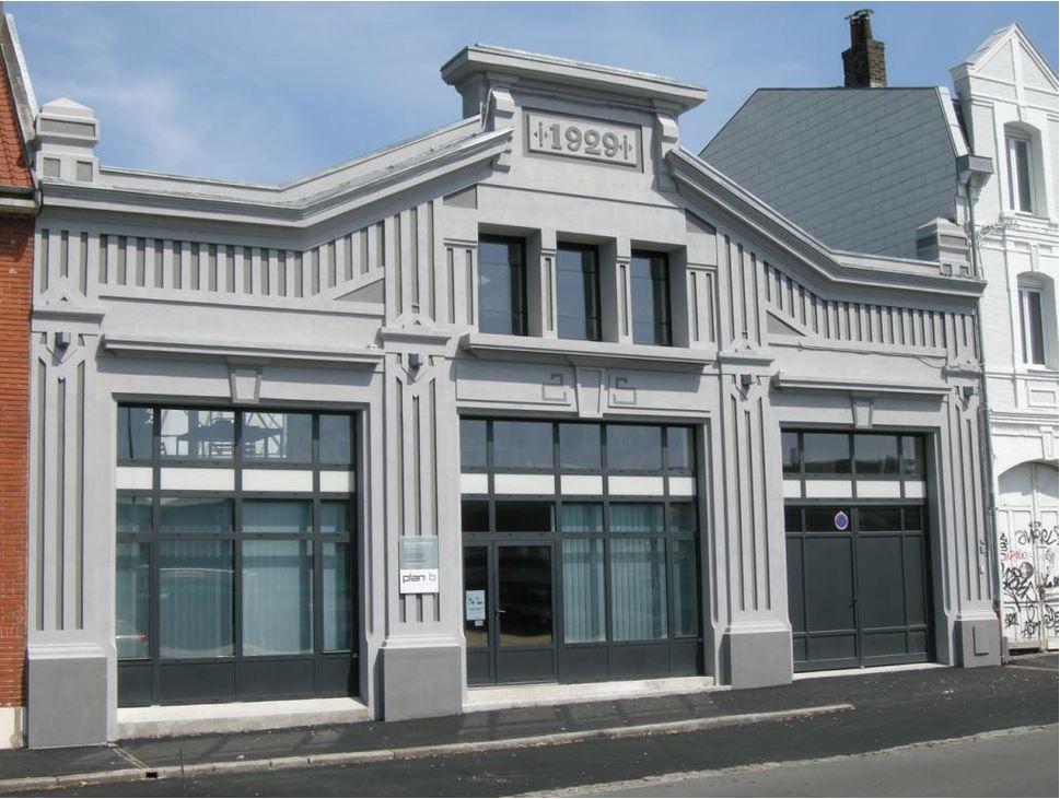 25 rue Pasteur, 1929 (inscription sur la façade). Prix ASSEMCA en 2015 - Garage Schlosser, l'automobile est une Rosengart, source : collection privée.