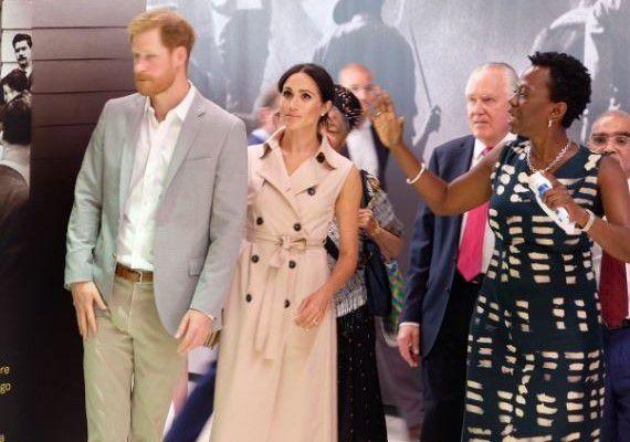 Le Prince Harry et Meghan Markle assistent à l'exposition Nelson Mandela à Londres (Photos)