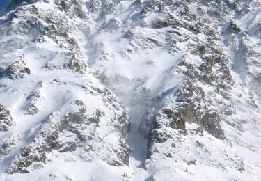 Ski au couloir SW des Grandes Lanches