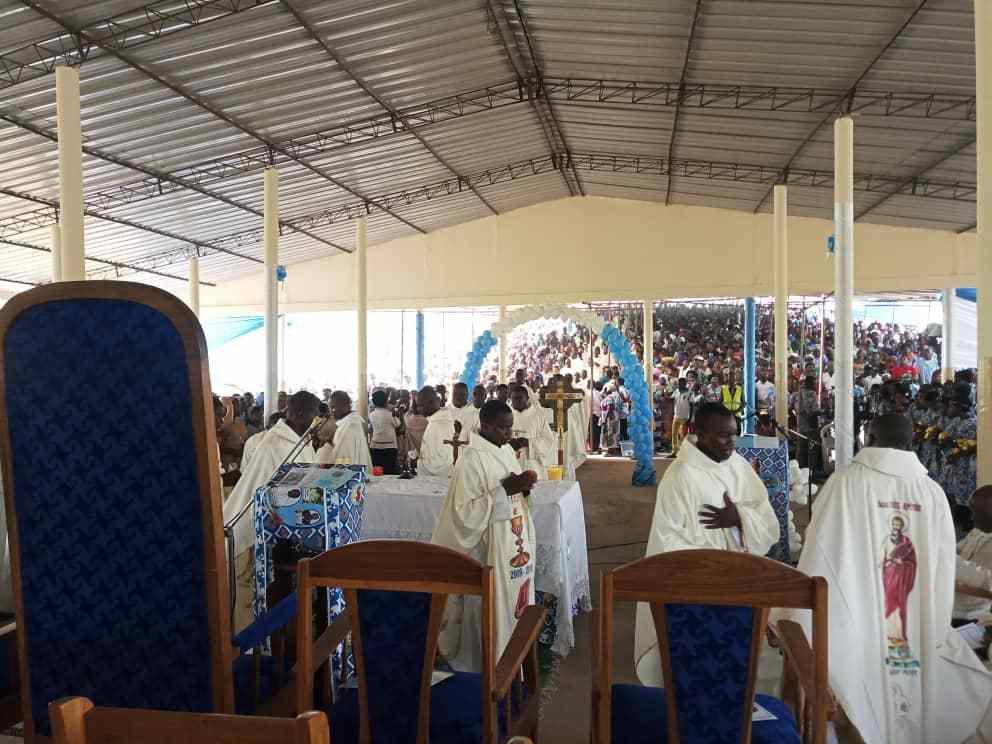 Photos prises par le père Innocent (économe diocésain) et Jacques Tougouma (paroisse ND de Fatima de Niamtougou)