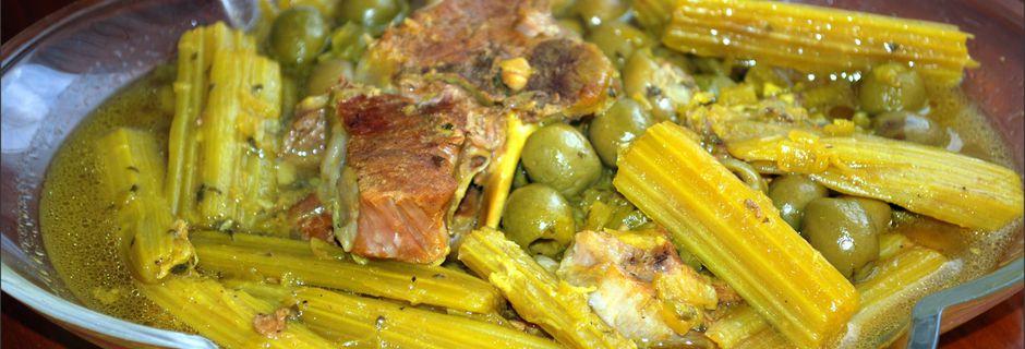 Tajine aux cardons et aux olives