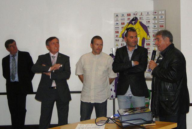 La présentation le 21 mai au casino de Gréoux les Bains du Tour cycliste des Alpes de Haute Provence