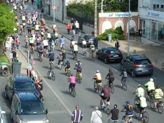 Fête du Tour : le défilé est passé en centre-ville