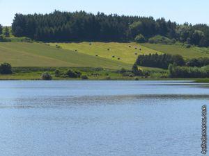 Les zones de culture et de pâturage autour du cratère.