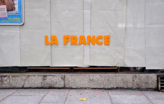 la France est tombée bien bas