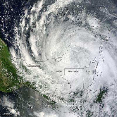 Bilan du passage de la tempête tropicale Ernesto entre les Antilles et le Mexique