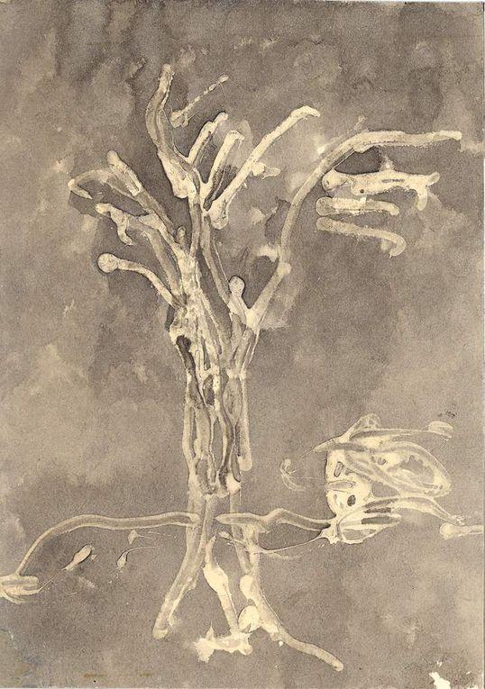 Colle, encre délavée ou dissoute à l'eau de javel, sur papier lisse, 20 cm x 30 cm