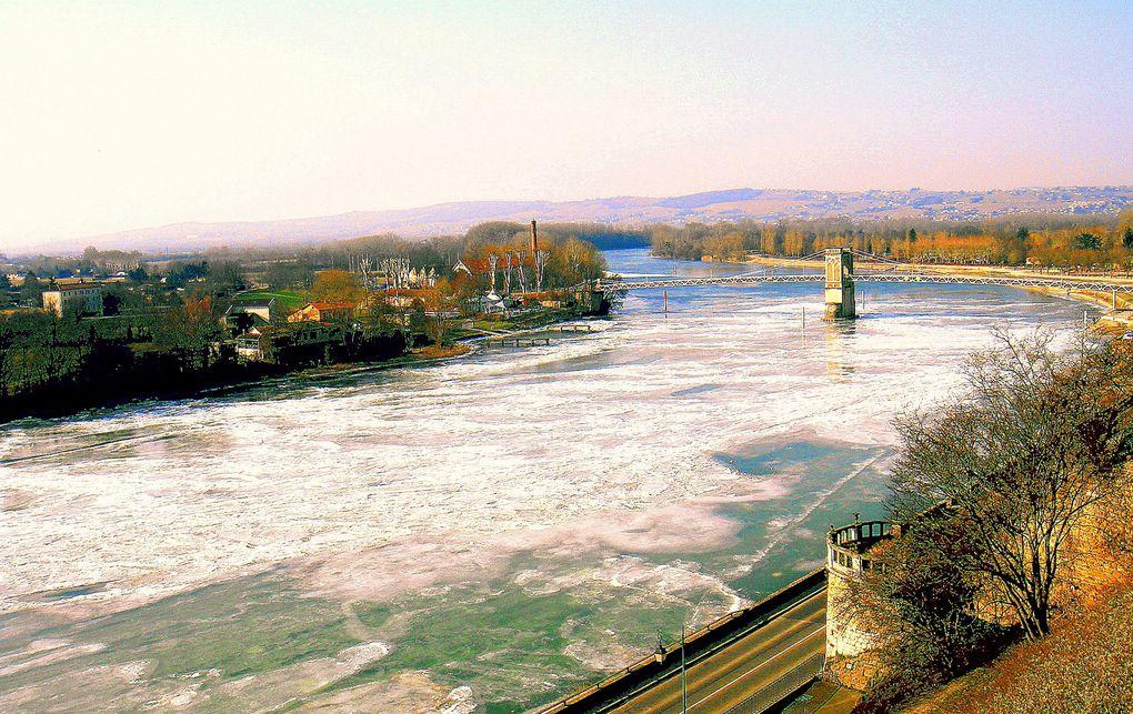 La Saône prise par le froid et le gel en février 2012.
