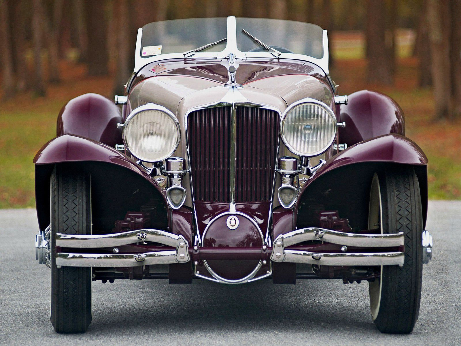 VOITURES DE LEGENDE (1216) : CORD  L29 LaGRANDE SPEEDSTER - 1931