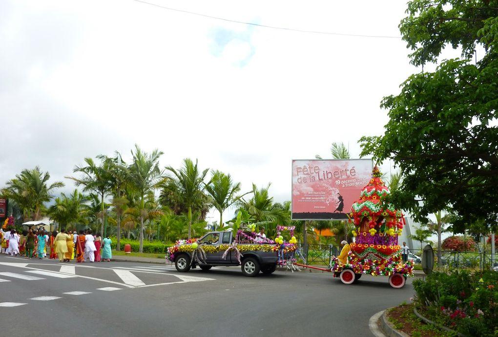 Procession tamoule à Trois Mares le 18 décembre 2011