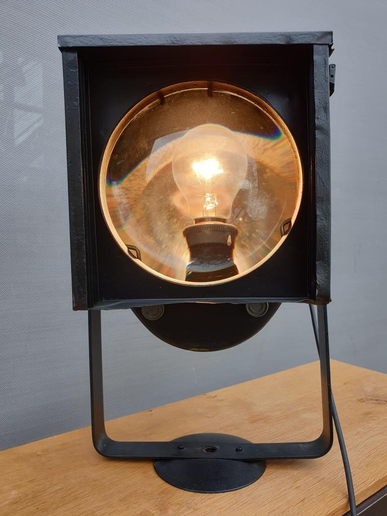 Lampe projecteur Cremer D90 - 530 euros