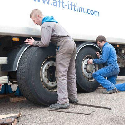Pôle maintenance des véhicules industriels.