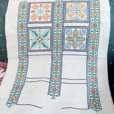 """Sal """"Mystery sampler Talavera"""" de Linen And Threads - Partie 6 - Juin"""