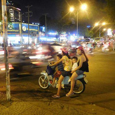 La bruyante ho Chi Minh