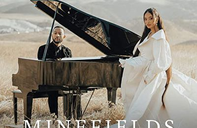 "Clip ""Minefields"" de Faouzia & John Legend 2021"