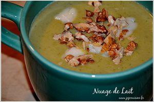 Soupe de Brocoli au Gorgonzola et Noix