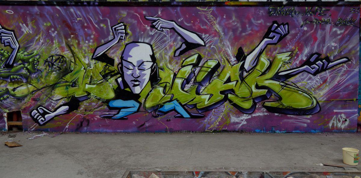 Street Art : Graffitis & Fresques Murales 93036 Gennevilliers