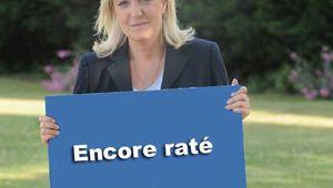 Jean-Marie Le Pen fait suspendre l'assemblée extraordinaire du Front national