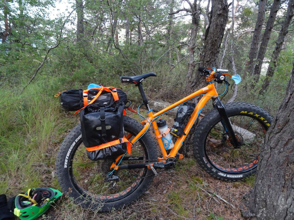 "Comparatif entre un FAT "" Fat boy Specialized"" et un 27.5+ Stumpjumper Specialized"