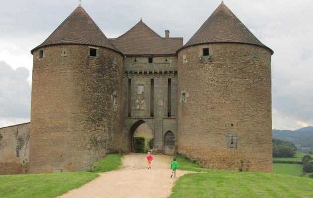 Visite du château féodal de Berzé dans le Maconnais - 2 août 2014