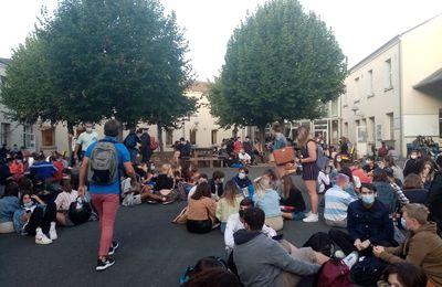 Sit-in gagnant au Lycée Guy Chauvet !**