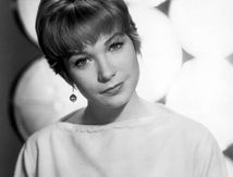 Grande soeur de Warren Beatty : Shirley MacLaine